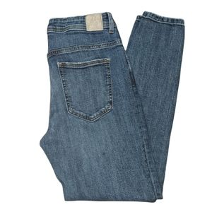 ZARA Women's Mid Rise Cropped Distressed Skinny Jeans. Size 10.